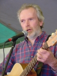 Garry Hayes is a local guitarist/vocalist who sings songs about Nillumbik.