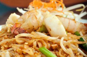 seafood-pad-thai