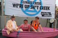 Nillumbik Extinction Rebellion talked to allcomers about the climate crisis.