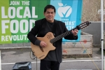 Bernardo Soler plays guitar: bossa nova, rumba flamenca, boleros (Spanish love songs), Latin and pop tunes.