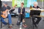 Blue Tango (aka Lynne Gough and Dave Richard) and Alan Stott play jazz music