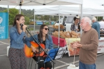 Sarah and Jess, from Diamond Creek, are an acoustic duo who play covers of both classics and current tunes.